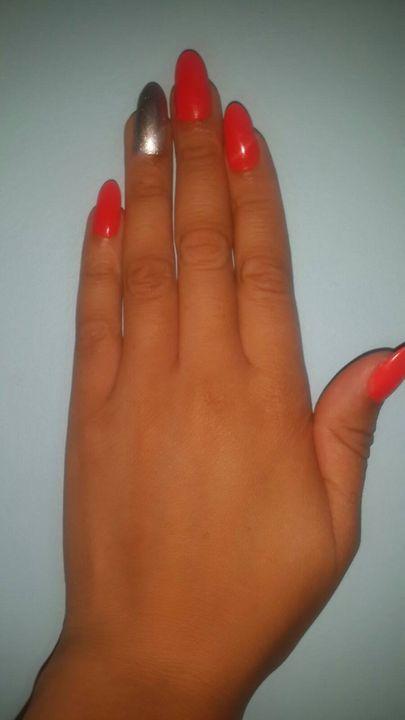 Munya Nails